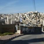 Verlassene Straßen in der Siedlung