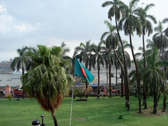 Blick vom Pink Palace auf den Buriganga